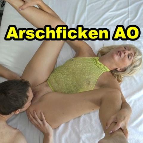 ARSCHFICK AO ZUM 19. GBEBURTSTAG