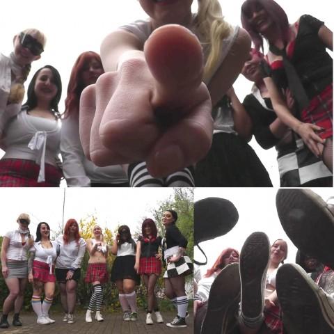 7 Girls lachen dich aus und demütigen dich! *SPH*