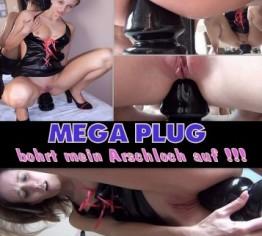 MEGA-PLUG bohrt mein Arschloch auf!