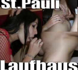 Laufhaus St.Pauli !  Nutten im Doppelpack