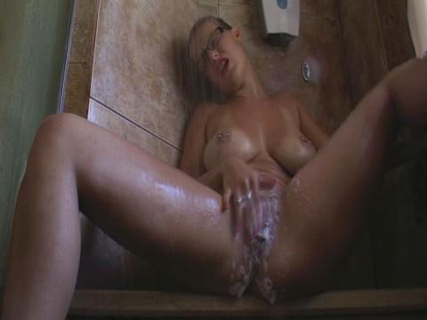 Mit Duschgel zum Abgang gefingert
