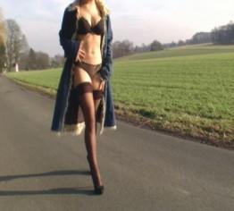 Nylons und Heels Outdoor