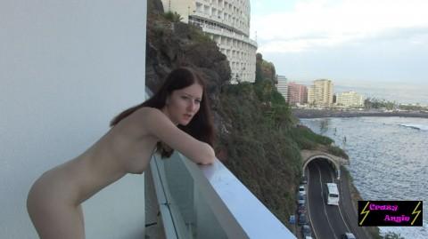 Creampie auf dem Balkon (Public)