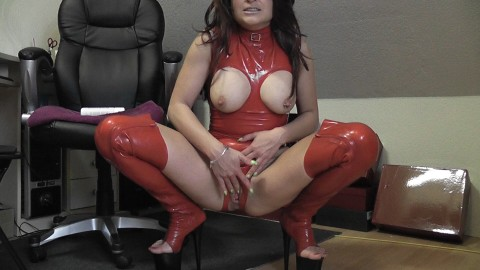 RED LATEX BITCH