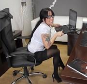 Sekretärin Pussykate * vom Chef erwischt *