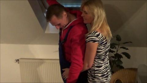 ehefrau verführt azubi handwerker