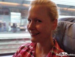 Auf dem Klo kann jeder..!!! Mega Blow im Zug!