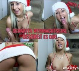 Scharfes Weihnachtsgirl besorgt es Dir!