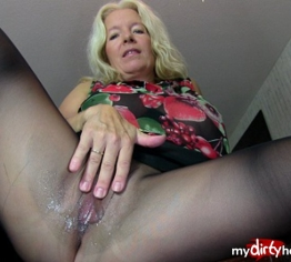 Dirty Talk in Sperma-Nylons