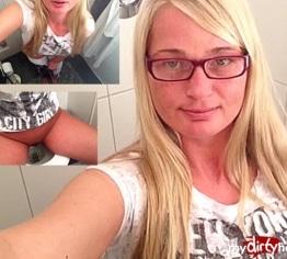 Mega geiler Selfie Piss!!
