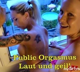 Public Orgasmus Fick am Fenster!