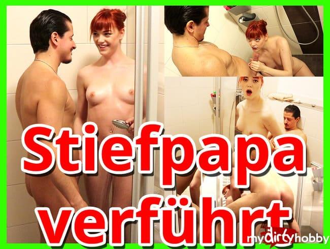 Stiefpapi beim Duschen verführt :O !
